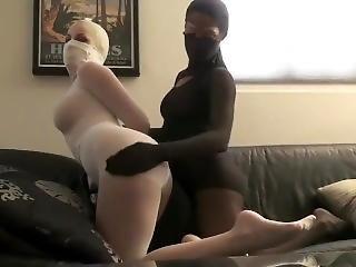 Lesbian threesome strapon anal sex