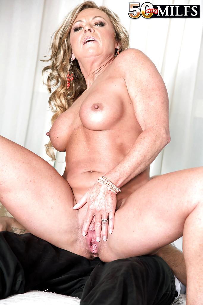 mom japan sex xxx