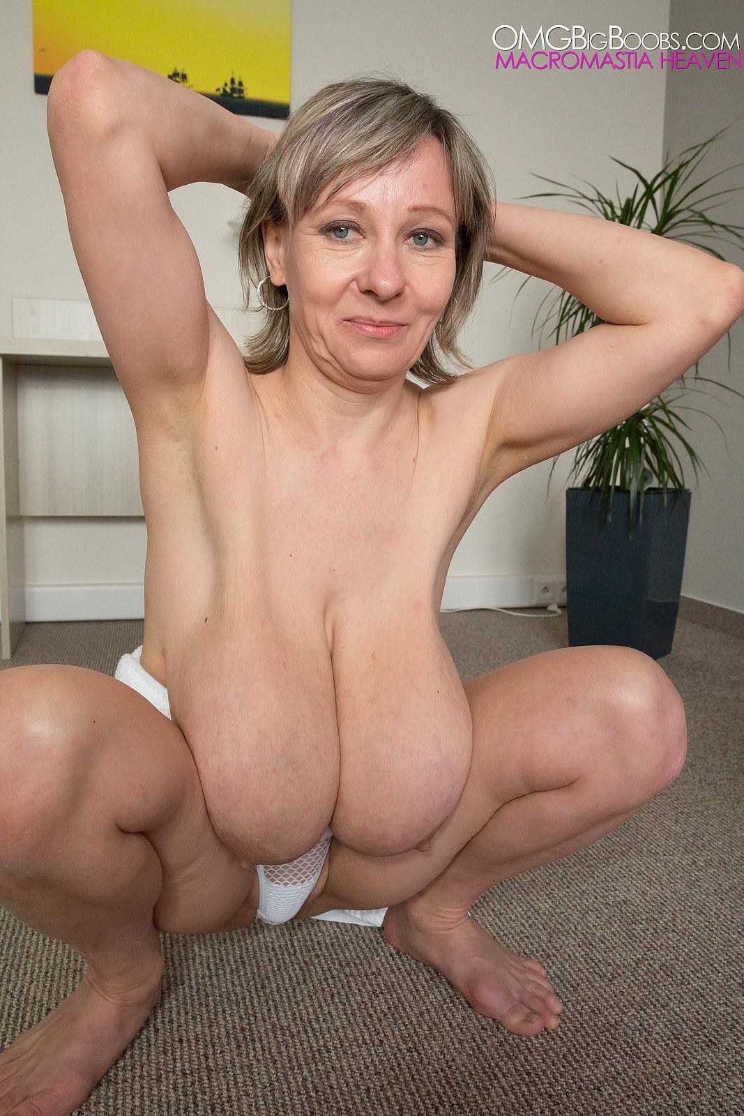 Naked skinny girls fetish