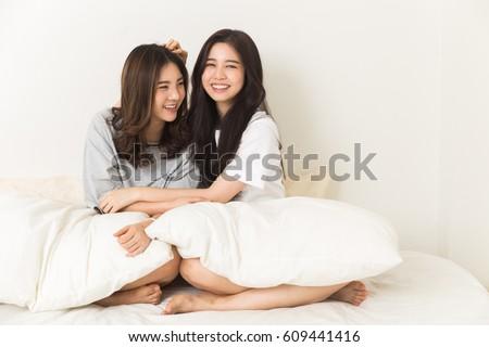 Interracial lesbian porn free movies