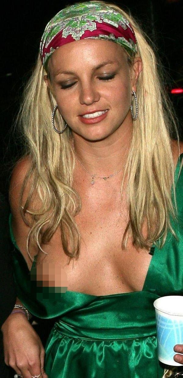 Beautiful massive tits woman
