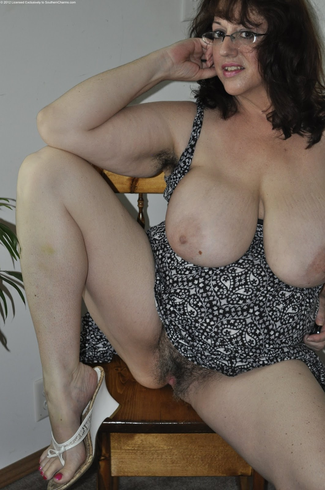 old hairy mature porn naket girld