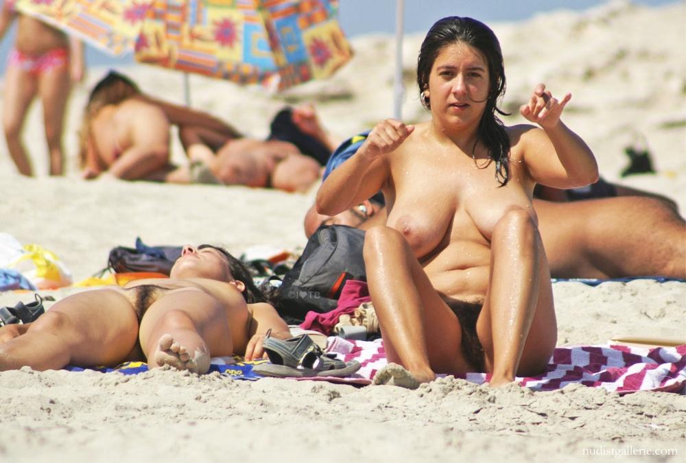 amateur milf nude pics