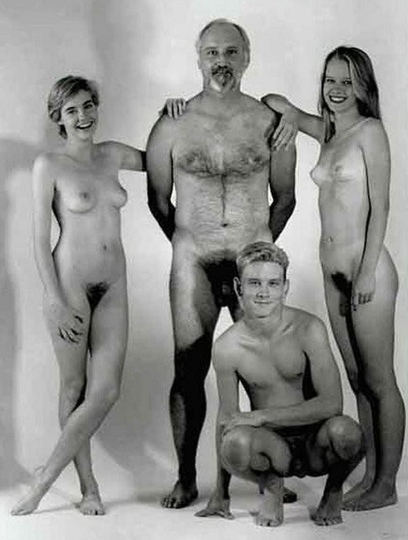 nude girl spread gif