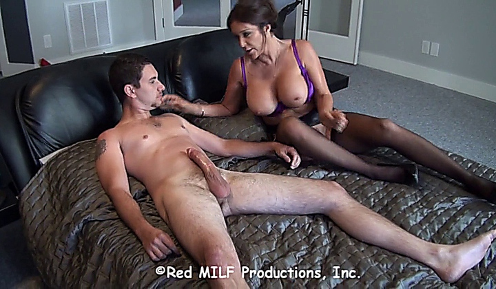 Free sex for her stepson the nude — pic 6