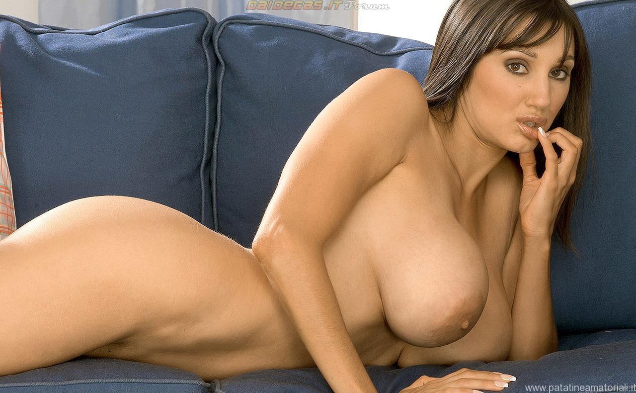 close up boobs