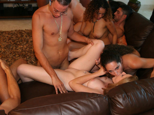 Cytherea squirting friends