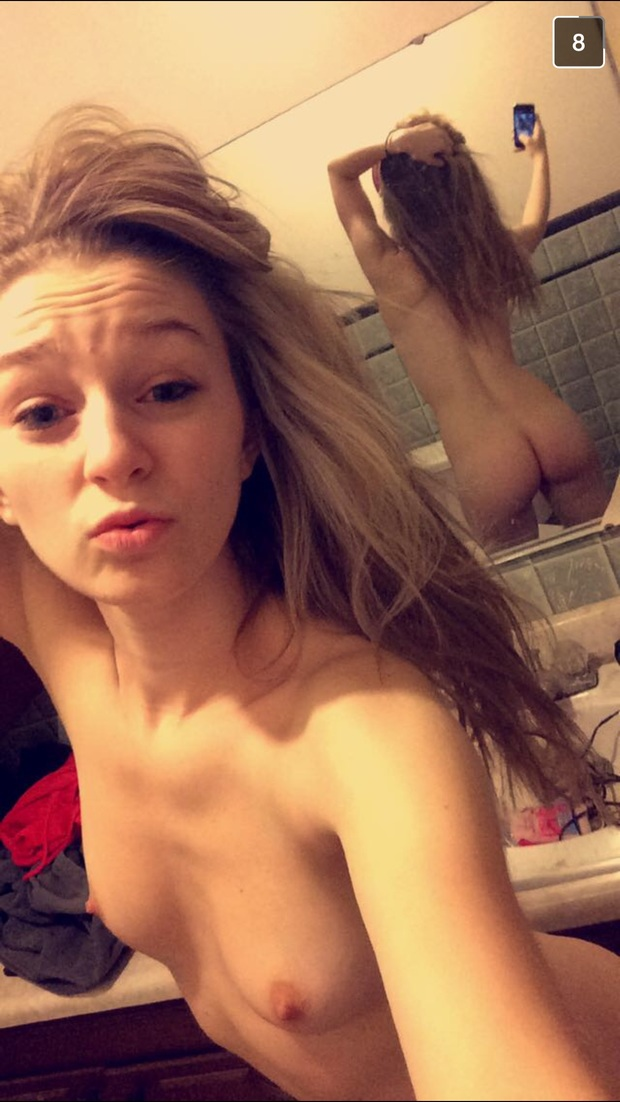 naked horny strippers girls
