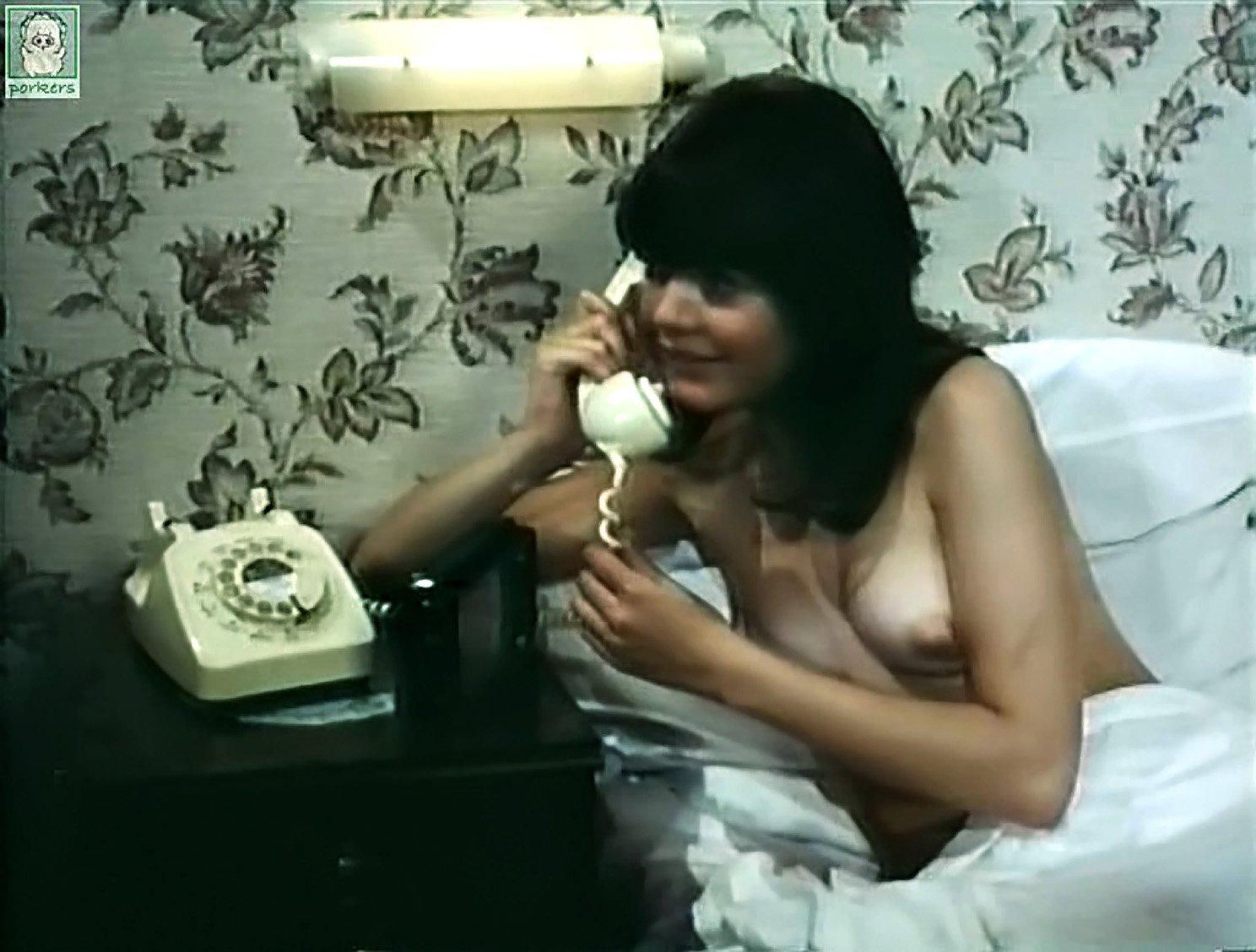 Sally struthers nude sex scene opinion