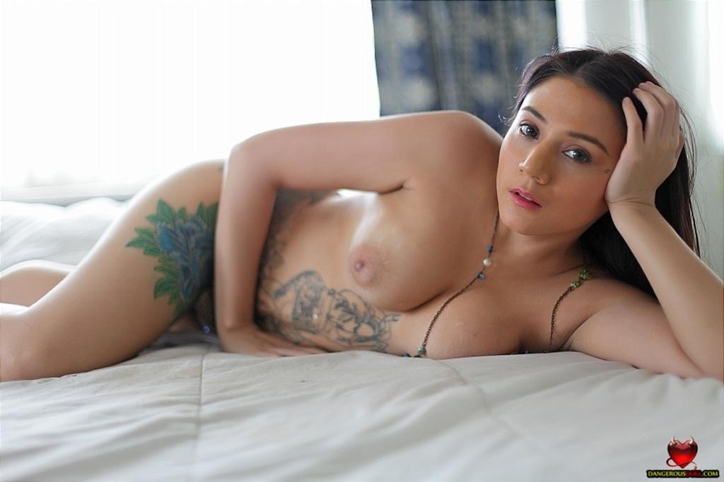 curvy model porn