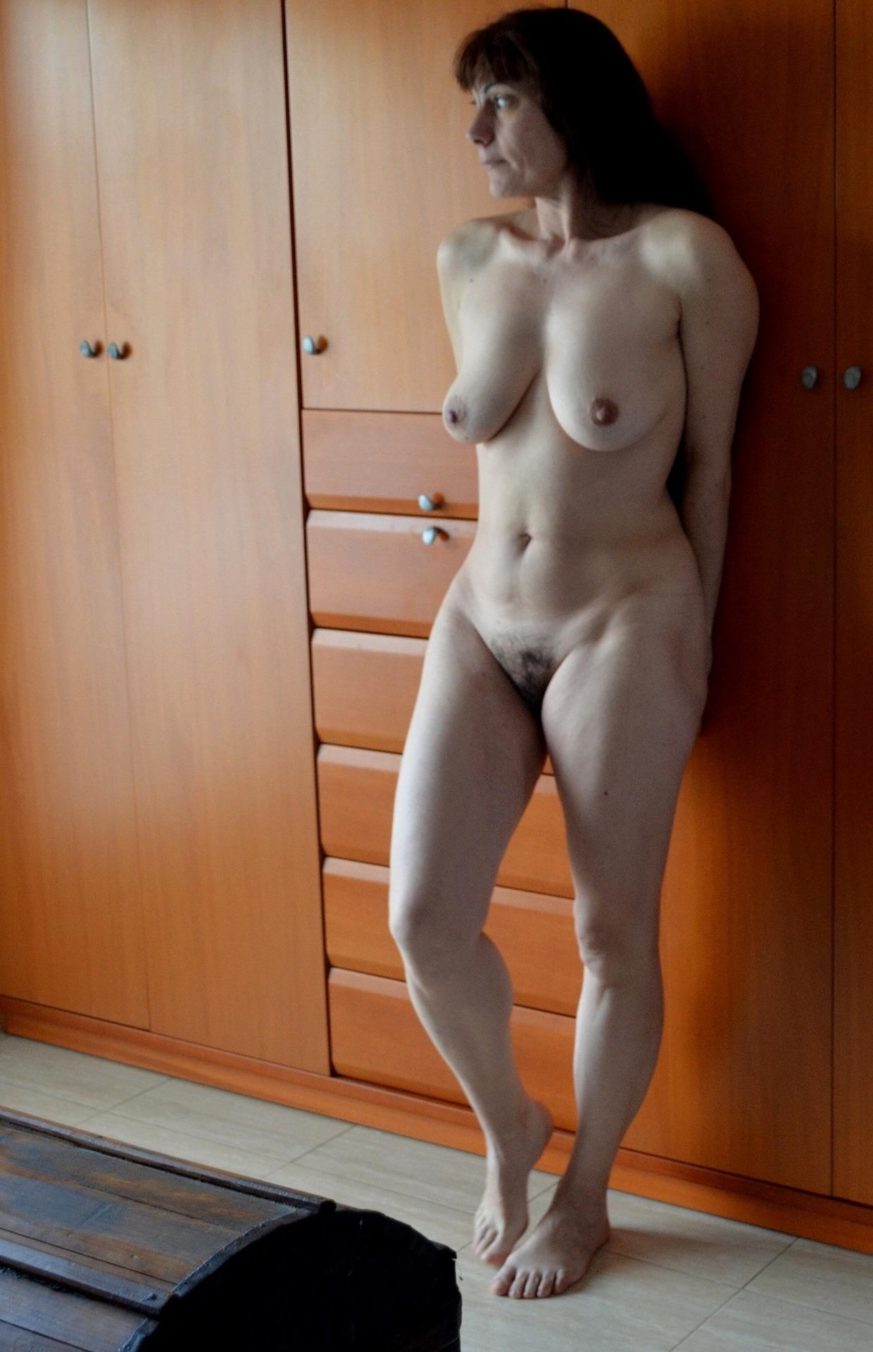 Bbw naked shower