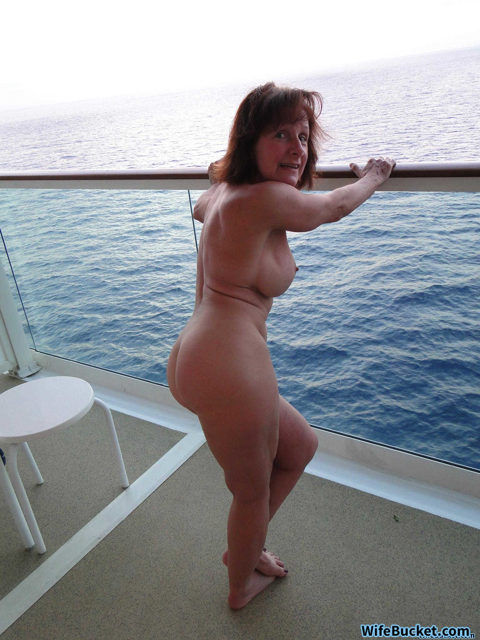Cher nude naked fakes
