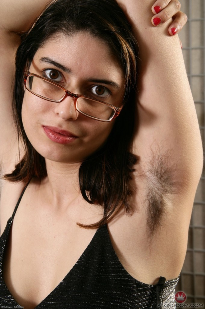 Mature woman hairy punta