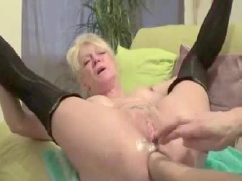 Blowjob deepthroat annette schwarz