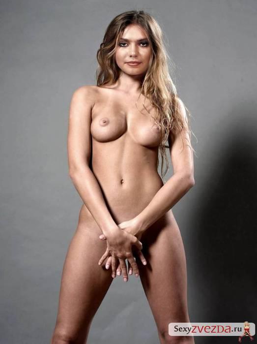 Nude girls booty dance