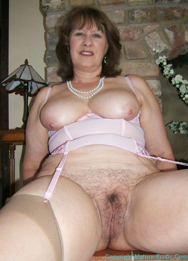 Big natural boobs nude girl