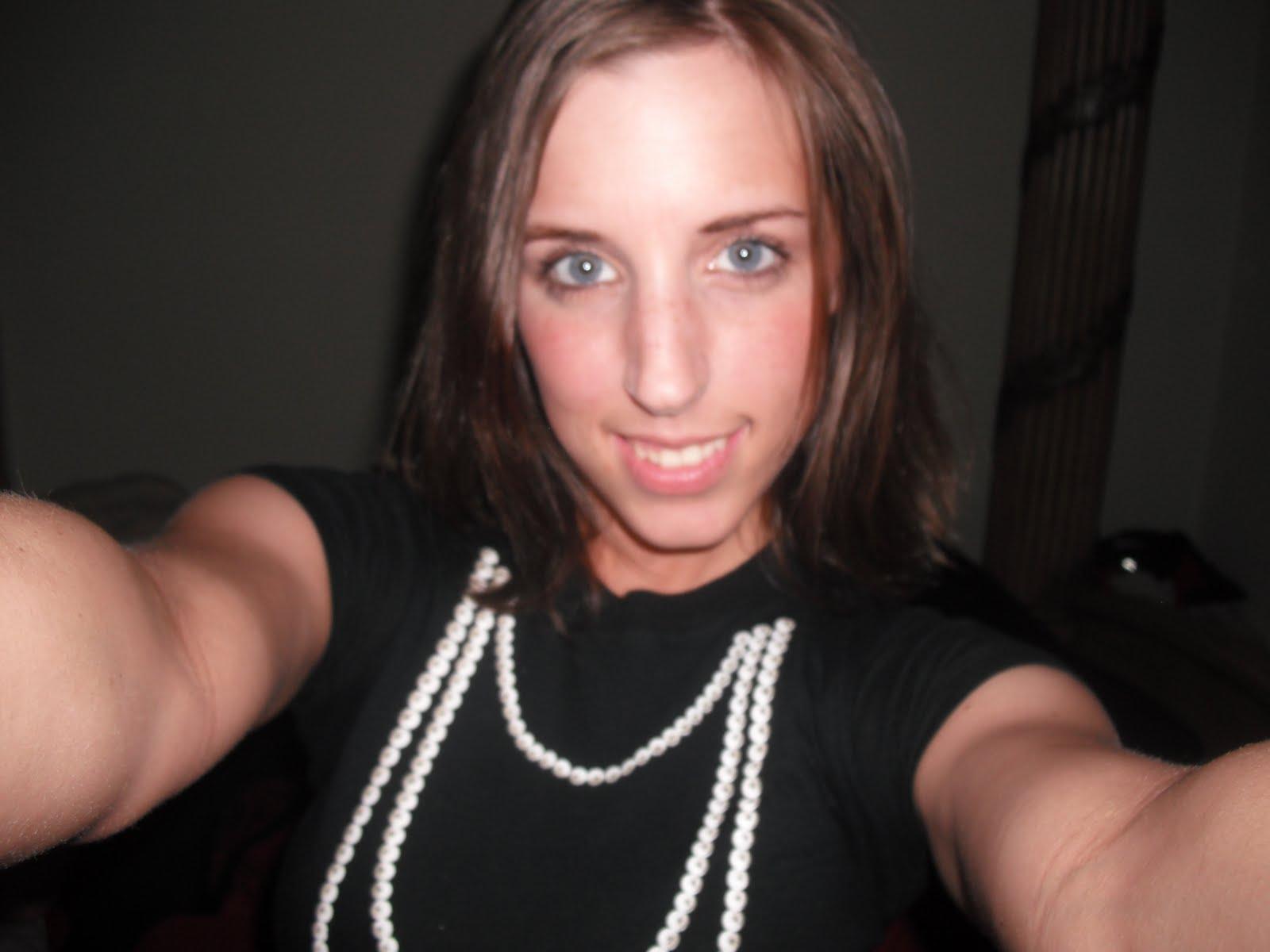 Caroline Pierce ass porn pictures