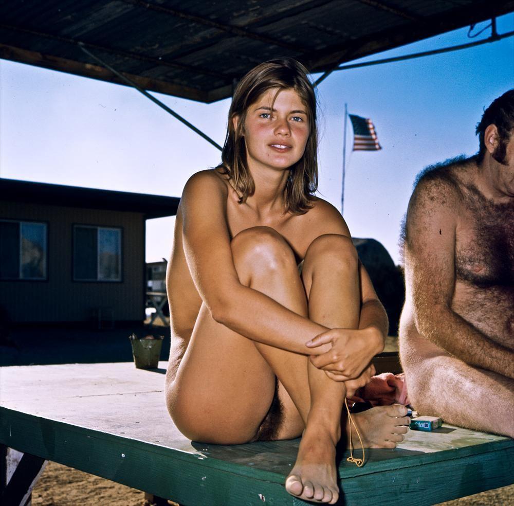 Nudism magazine girl photo links me!
