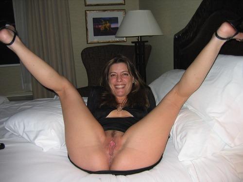 Legs spread public pussy flash