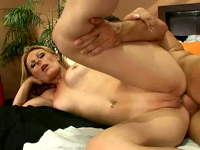 mom fuckers pornbig boobs and big pussy pic