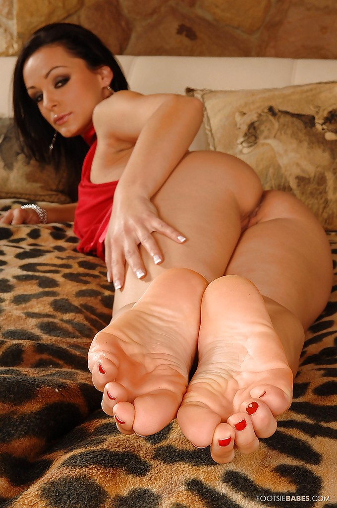 Milf foot sex