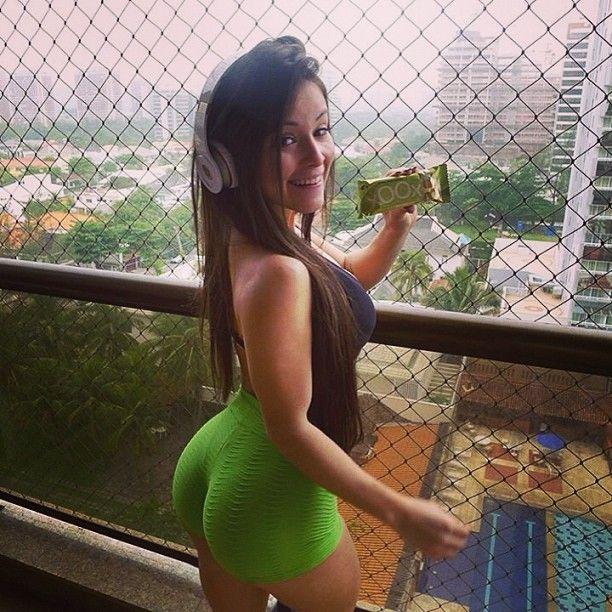 Kristina milan milking