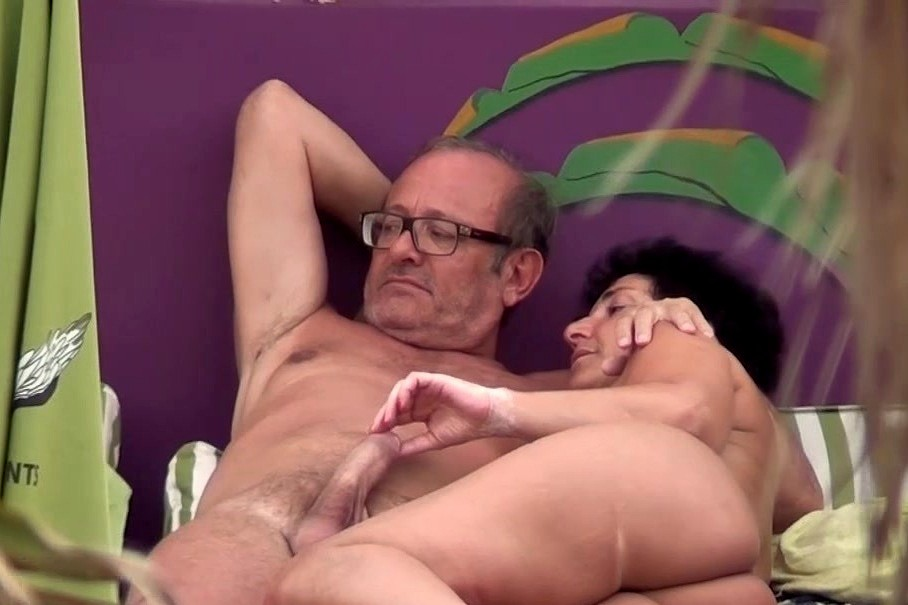 Double anal shemale galleries