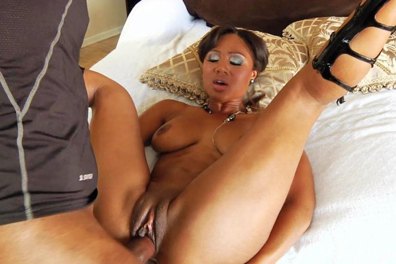 Nigerian sex big ass big hair pussy