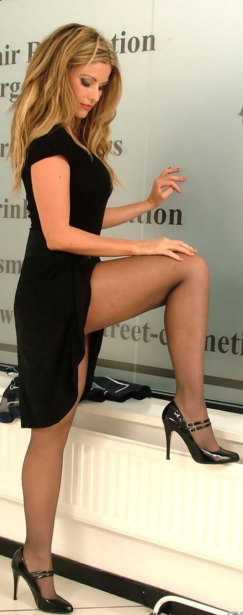 Alessandra ambrosio bikini camel