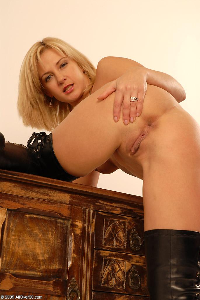 Lesbian mature women getting spanked
