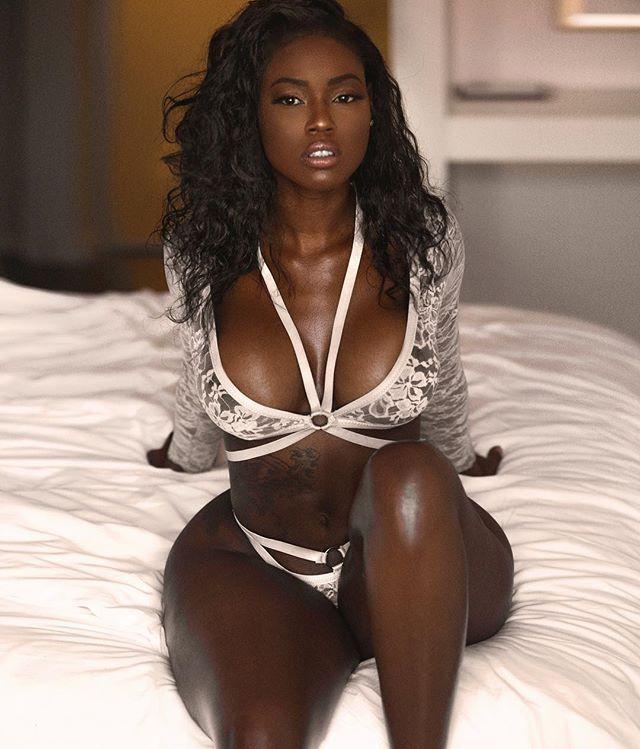 Sexy vintage nude
