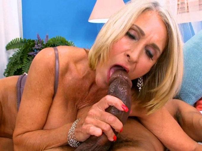 Monica sweet lesbian porn
