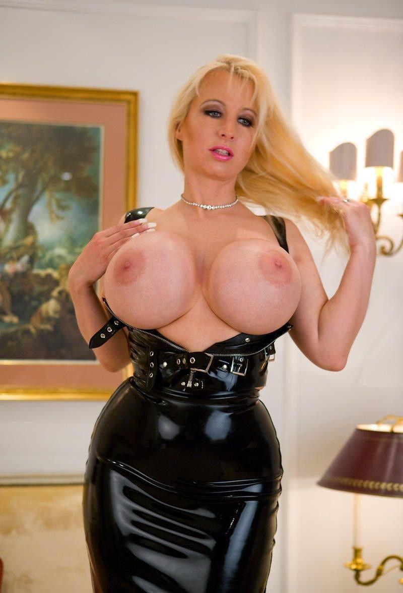 nude girl nice big ass