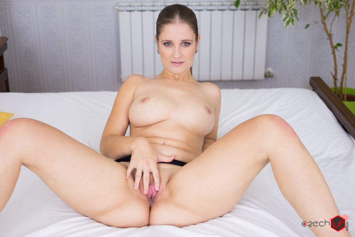 Homemade amateur milf lesbian
