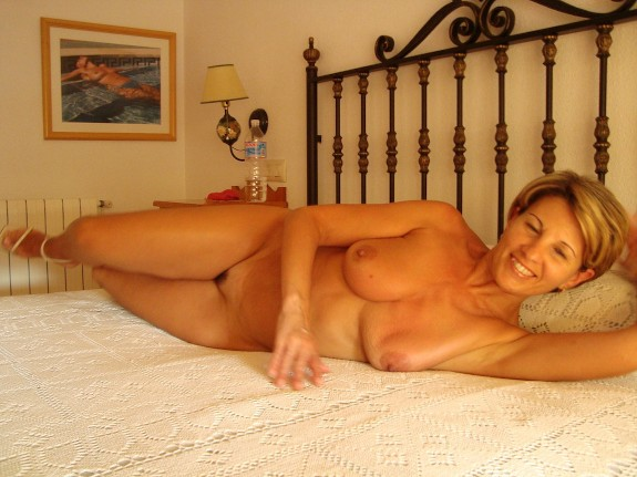 Nude mature naturists