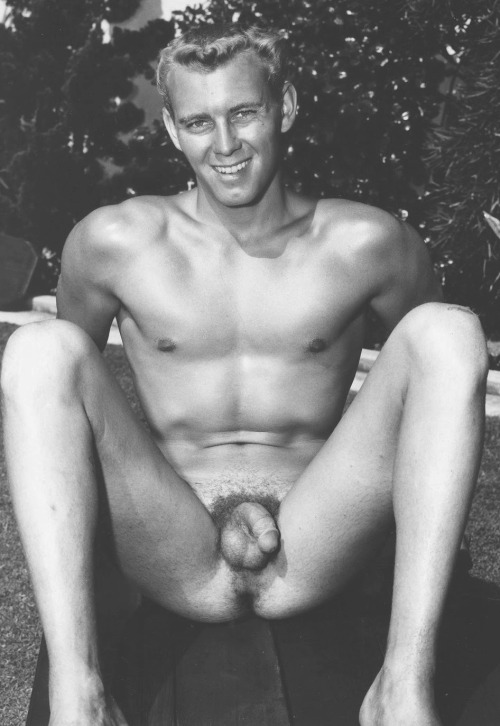 Michael prima naked muscle man