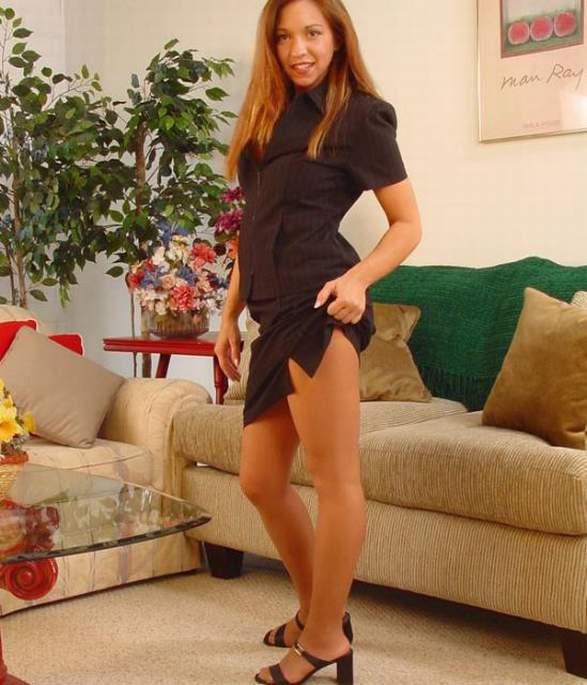 Hairy young teen girl model
