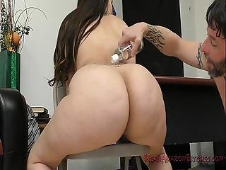 Brunette hairy pussy fucking with dildo