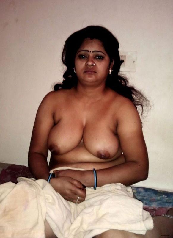 womens nudist indian