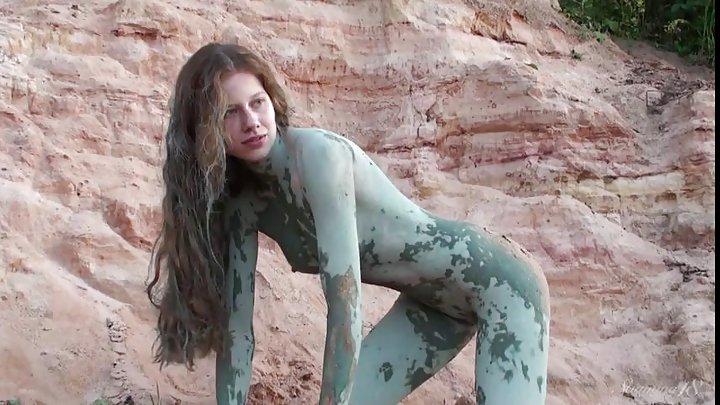 Nude spanish girls tits