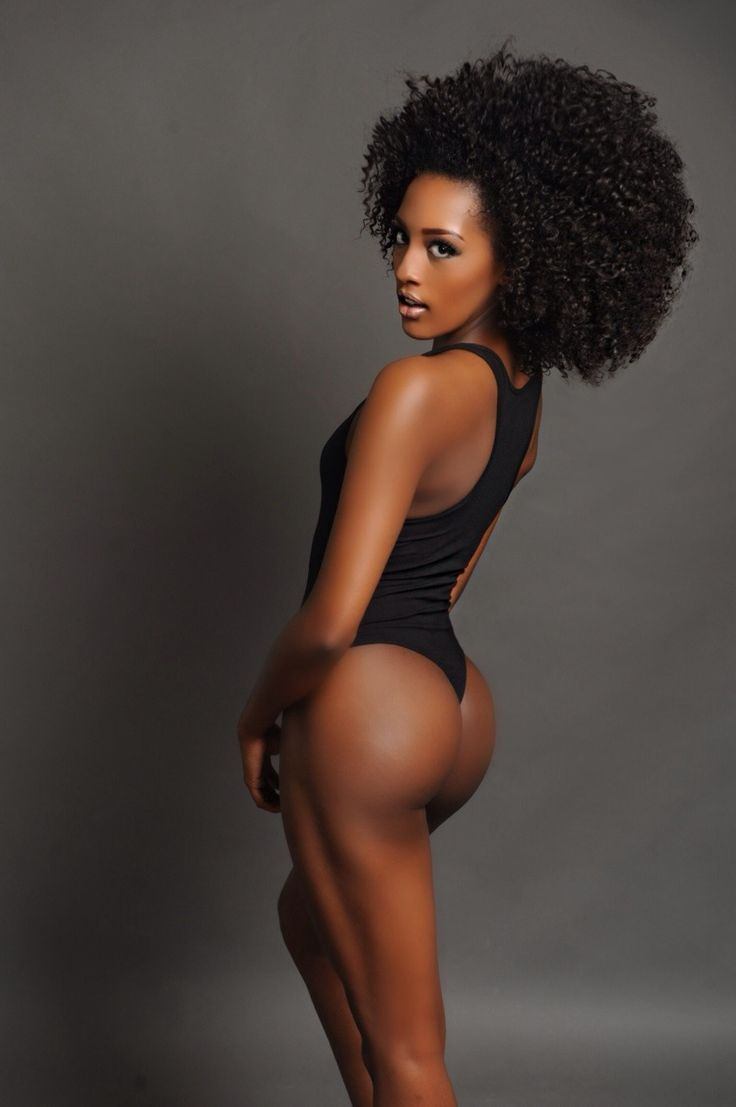Short human hair wigs for black women