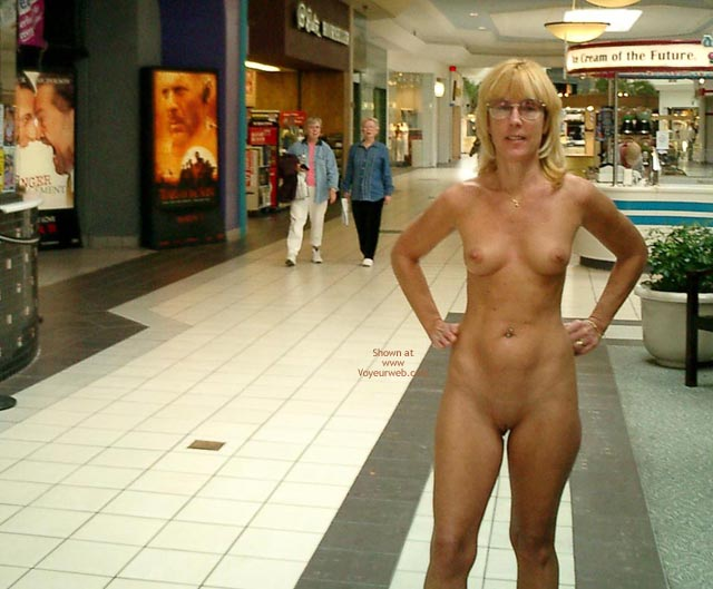 group naked pussy