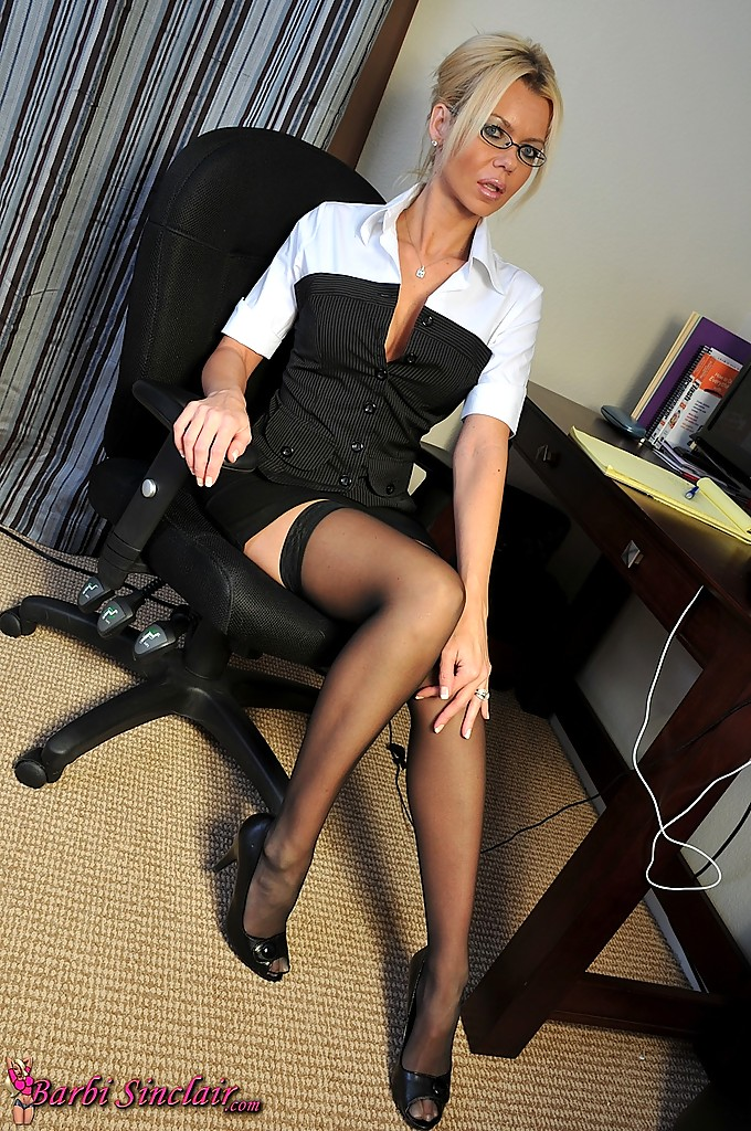 Black milf naked secretary