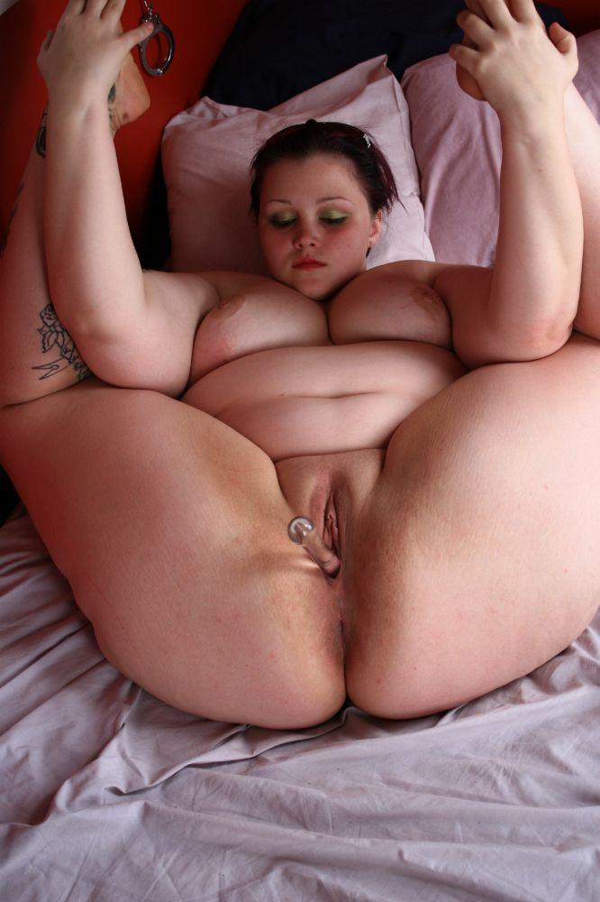 Zeenat Aman Nude Boob