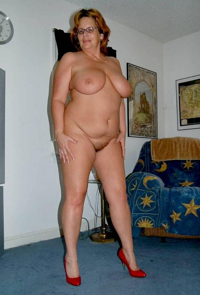 Cum all over her pussy