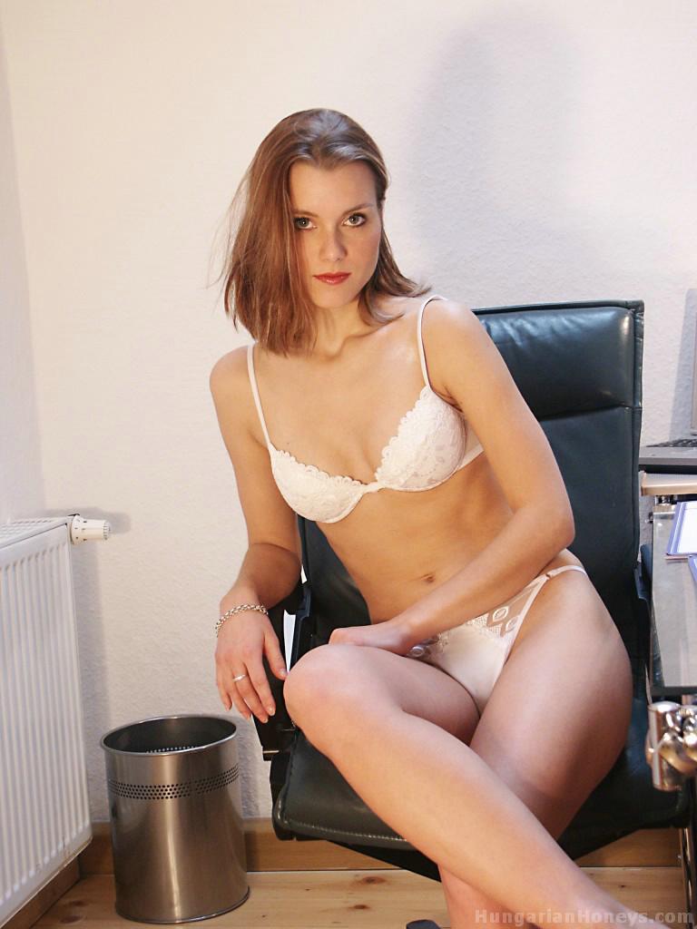 albino nudes