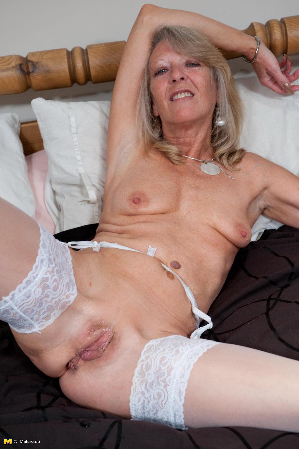 Goldie jackson big bra owners