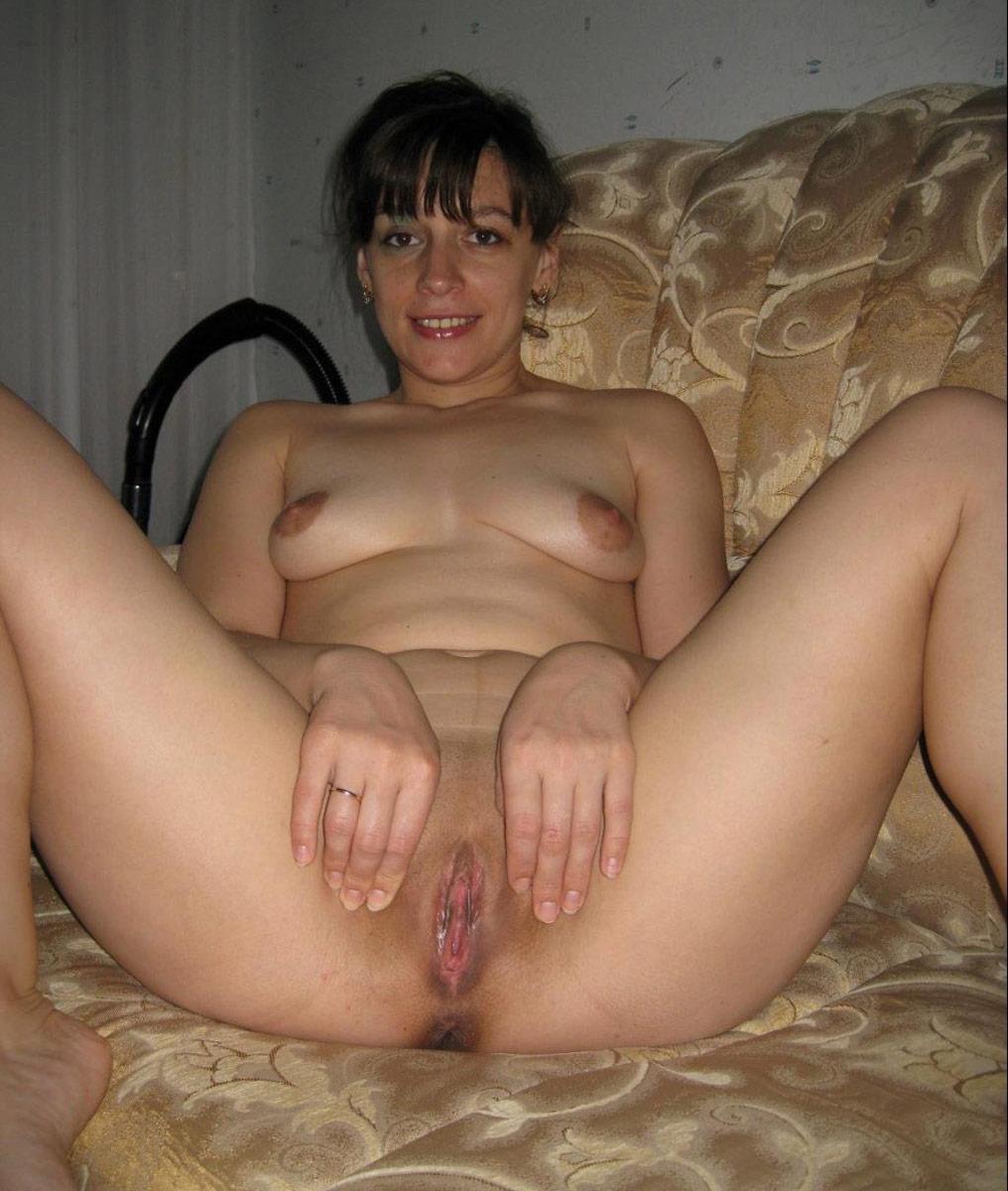 shaved bbw latina pussy