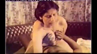 Sexy spanish girls lesbian