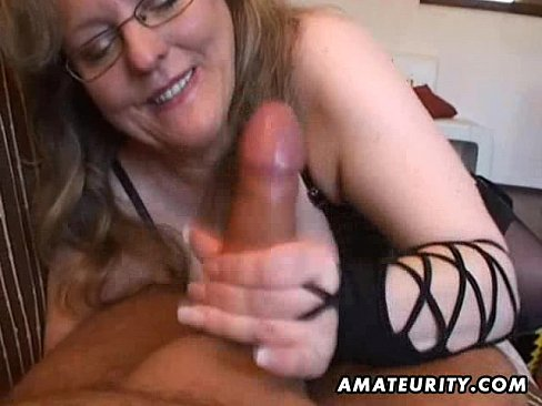 Young lesbians learning from matures lesbians